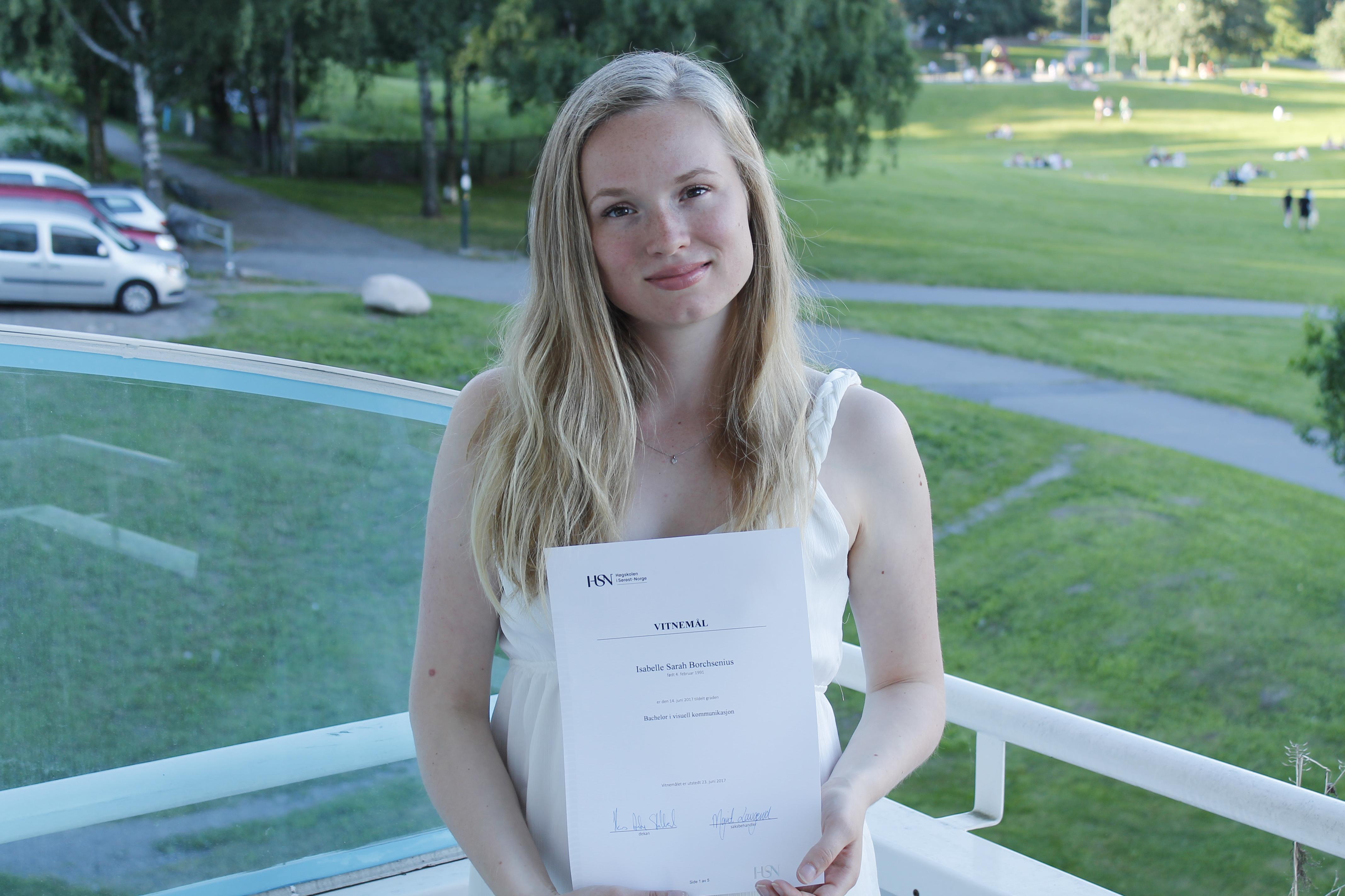 Isabelle_Borchsenius_Graduated